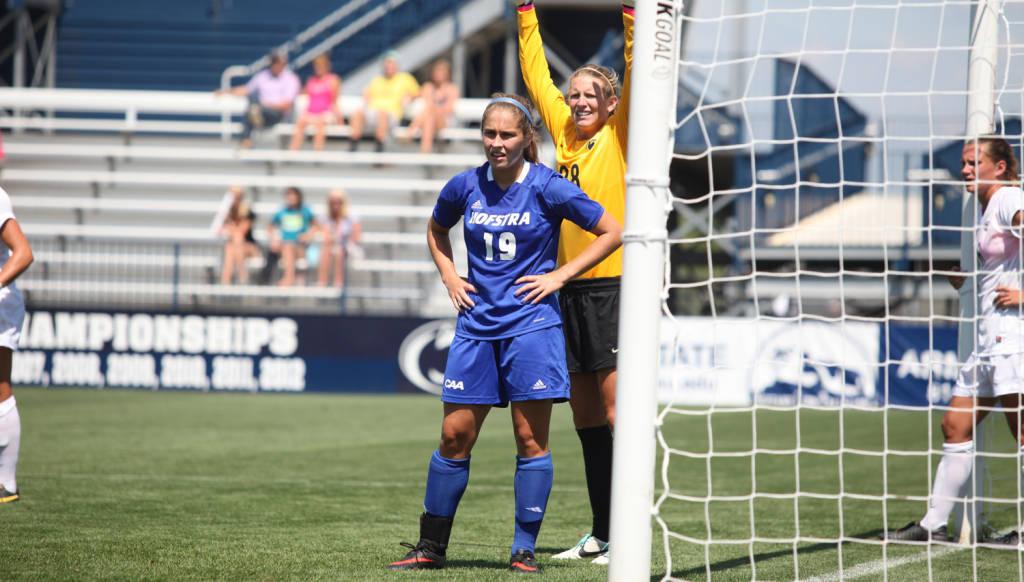 Sam Scolarici Embraces Spotlight In Women's Soccer's Fast Start