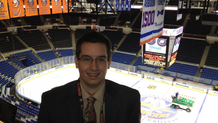 Hofstra student Rob Joyce is the color analyst for the New York Islanders game,