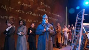 Tom Meyers plays a shell-shocked Don Juan