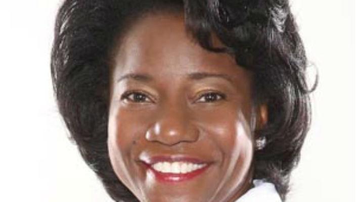 Dr Jennifer Mieres