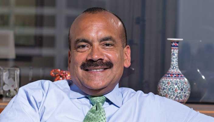 Julio A. Portalatin, Bba, '81; LHD, '13