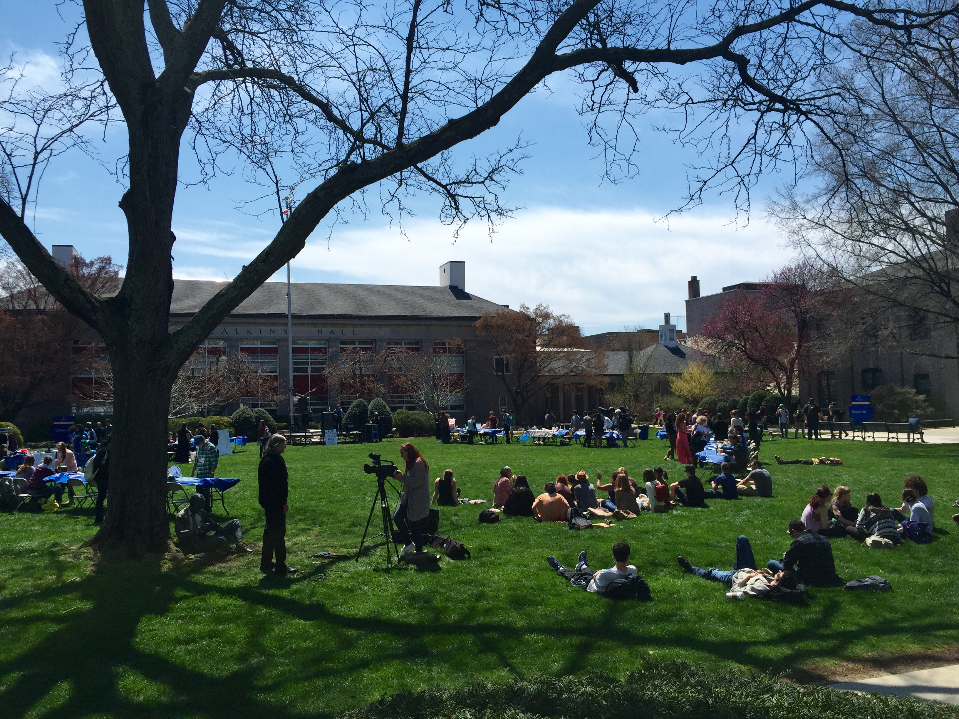 Campus Enjoys Outdoor Earth Day Festival, Farmers Market
