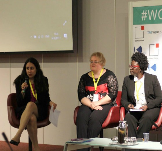 Kara Alaimo (left) on a panel at the 2017 World Communication Forum.